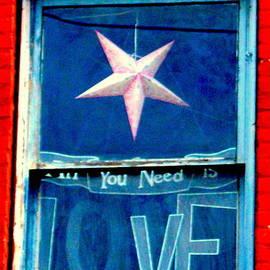 Loretta Bueno - All You Need Iis Love