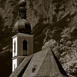 Alpine Church - Frank Tschakert