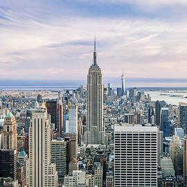 Amazing Manhattan - Az Jackson