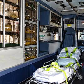 Paul Ward - Ambulance A Look Inside