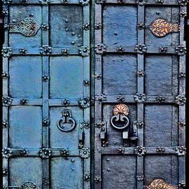 Andy Za - Ancient iron gate.