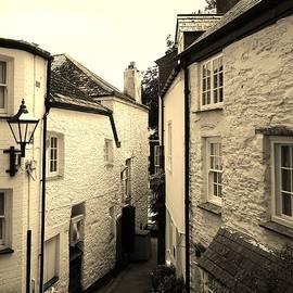Richard Brookes - Ancient Side Street Fowey Cornwall