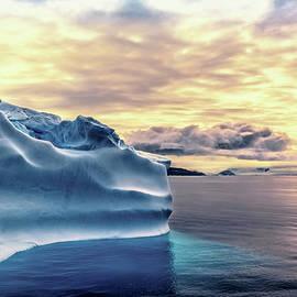 Maria Coulson - Antartica Colors