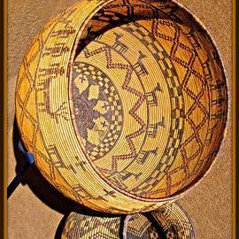 Barbara Zahno - Apache Native American Baskets