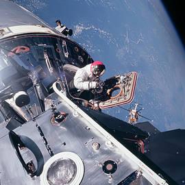Apollo 9 - Peter Chilelli