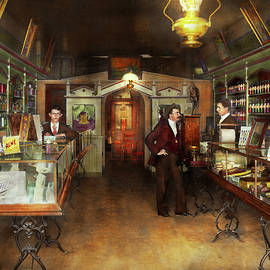 Mike Savad - Apothecary - Spell books and Potions 1913