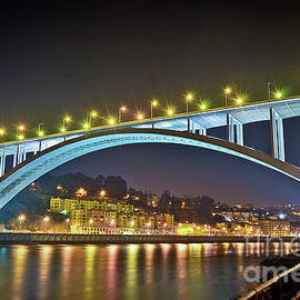 Carlos Alkmin - Arrabida Bridge - Porto City - Portugal