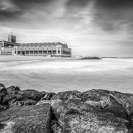 Marco Catini - Asbury Park Sea, black and white