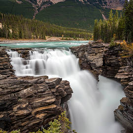Pierre Leclerc Photography - Athabasca Falls on the Icefield Parkway