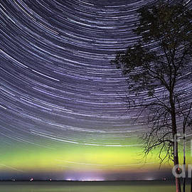 Charline Xia - Aurora and Star Trails Over Lake Simcoe