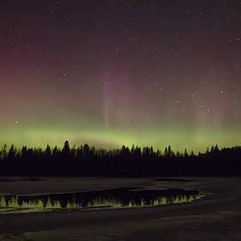 Steve Dunsford - Aurora Borealis Peaking