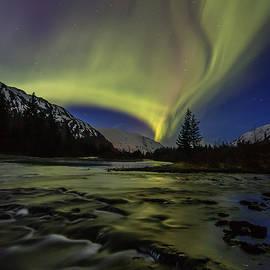 Zane Giles - Aurora River