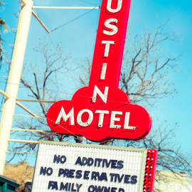 Sonja Quintero - Austin Motel Since 1938