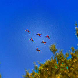 Miroslava Jurcik - Australian Roulettes Formation Over North Head Sydney