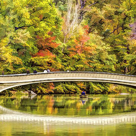 Geraldine Scull   - Autumn at Central Park Bow Bridge