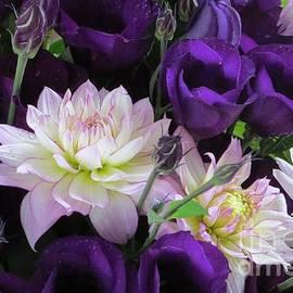 B Vesseur - Autumn Bouquet 2