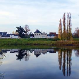 Hugh Smith - Autumn on the Loire River