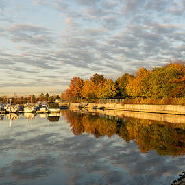 Georgia Mizuleva - Autumn Splendor at the Marina - Calm Morning on the Lake