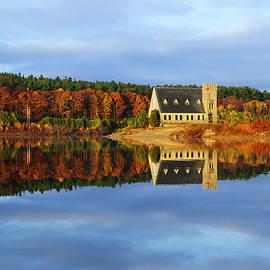 Luke Moore - Autumn Sunrise at Wachusett Reservoir