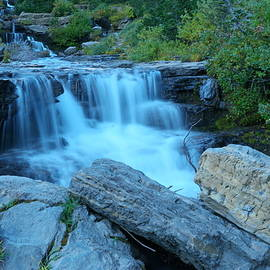 Jeff  Swan - Autumn waterfall