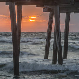 Bill Cannon - Avalon - Sunrise at the 32nd Street Pier