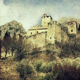 Vittorio Chiampan - Avio Castle