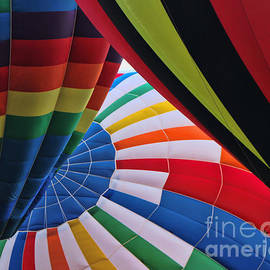 Allen Beatty - Balloon Fantasy 32