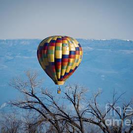 Janice Rae Pariza - Ballooning Over Colorado