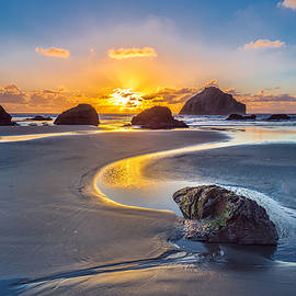 Robert Bynum - Bandon Face Rock