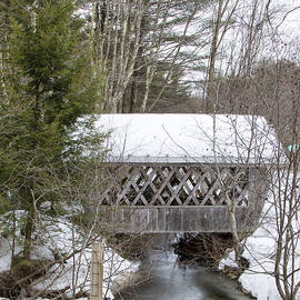 Betty  Pauwels  - Bare-Walker Covered Bridge