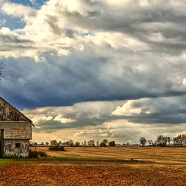 Teresa Jack - Barn After the Harvest in Ohio