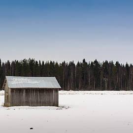 Jukka Heinovirta - Barn House On A Snowy Field