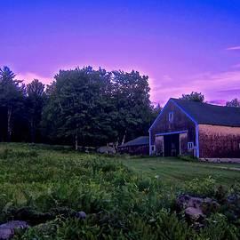 Elizabeth Tillar - Barn in Evening Light