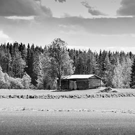 Jukka Heinovirta - Barn In The Summer Sun