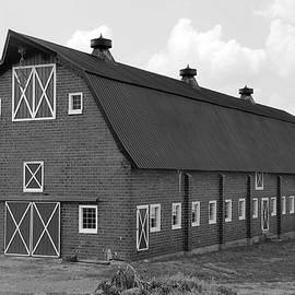 Dwight Cook - Barn in VA no 5