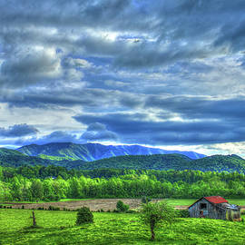 Reid Callaway - Barn On A Hill Great Smoky Mountains