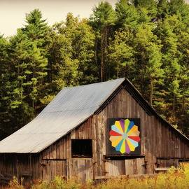 Beverly Canterbury - Barn With Quilt