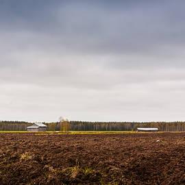Jukka Heinovirta - Barns On The Other Side Of The Field