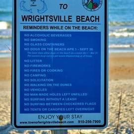 Cynthia Guinn - Beach Rules