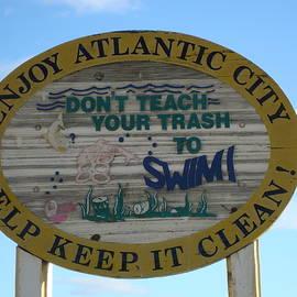 Arlane Crump - Beach Sign