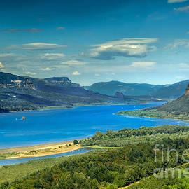 Robert Bales - Beautiful Columbia River Gorge
