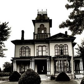 Kathleen Struckle - Beautiful House