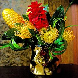Barbara Zahno - Beautiful Tropical Bouquet
