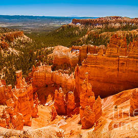 Robert Bales - Beauty Of Bryce Canyon