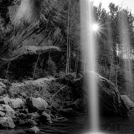 Ron Pate - Behind the Lower Falls - Hocking Hills