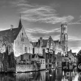 Sinisa CIGLENECKI - Belfry of Brugge, Belgium BW HDR