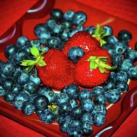 Cynthia Guinn - Berries For You