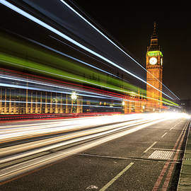 Chris Smith - Big Ben at night with lights of the cars passing