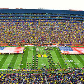 MQH Photo Video - Big House Flags