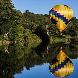 Jeff Folger - big yellow Hot air balloon